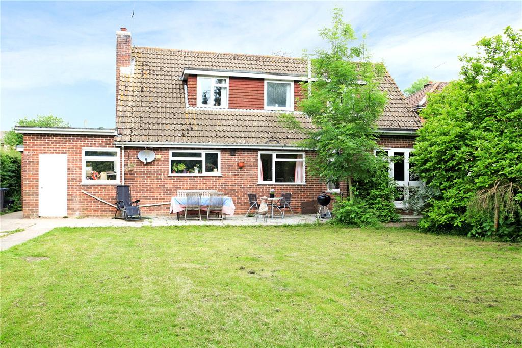 4 Bedrooms Detached House for sale in School Road, Lover, Salisbury