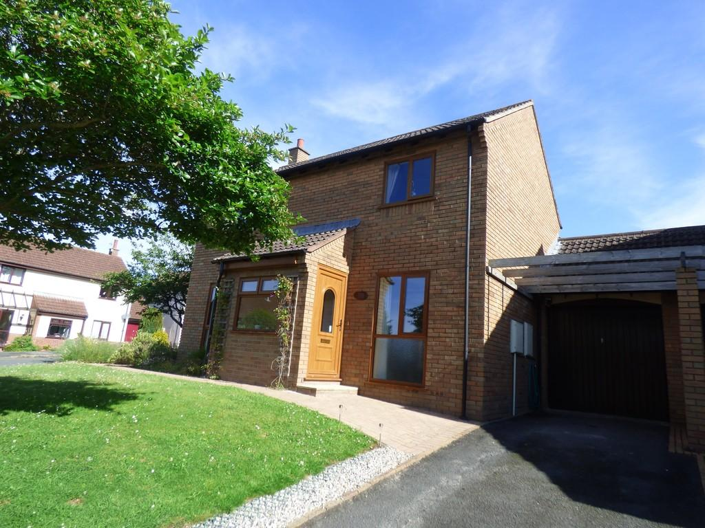 3 Bedrooms Link Detached House for sale in Sandygate Mill, Kingsteignton, TQ12 3PE