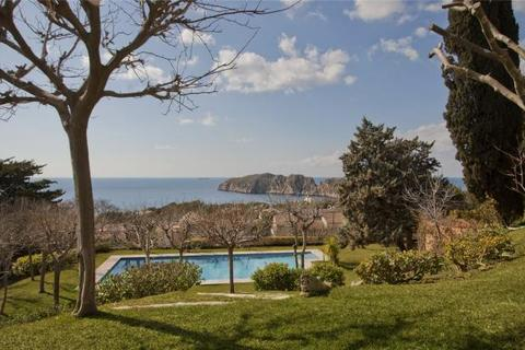 5 bedroom detached house  - Villa With Sea Views, Nova Santa Ponsa, Mallorca