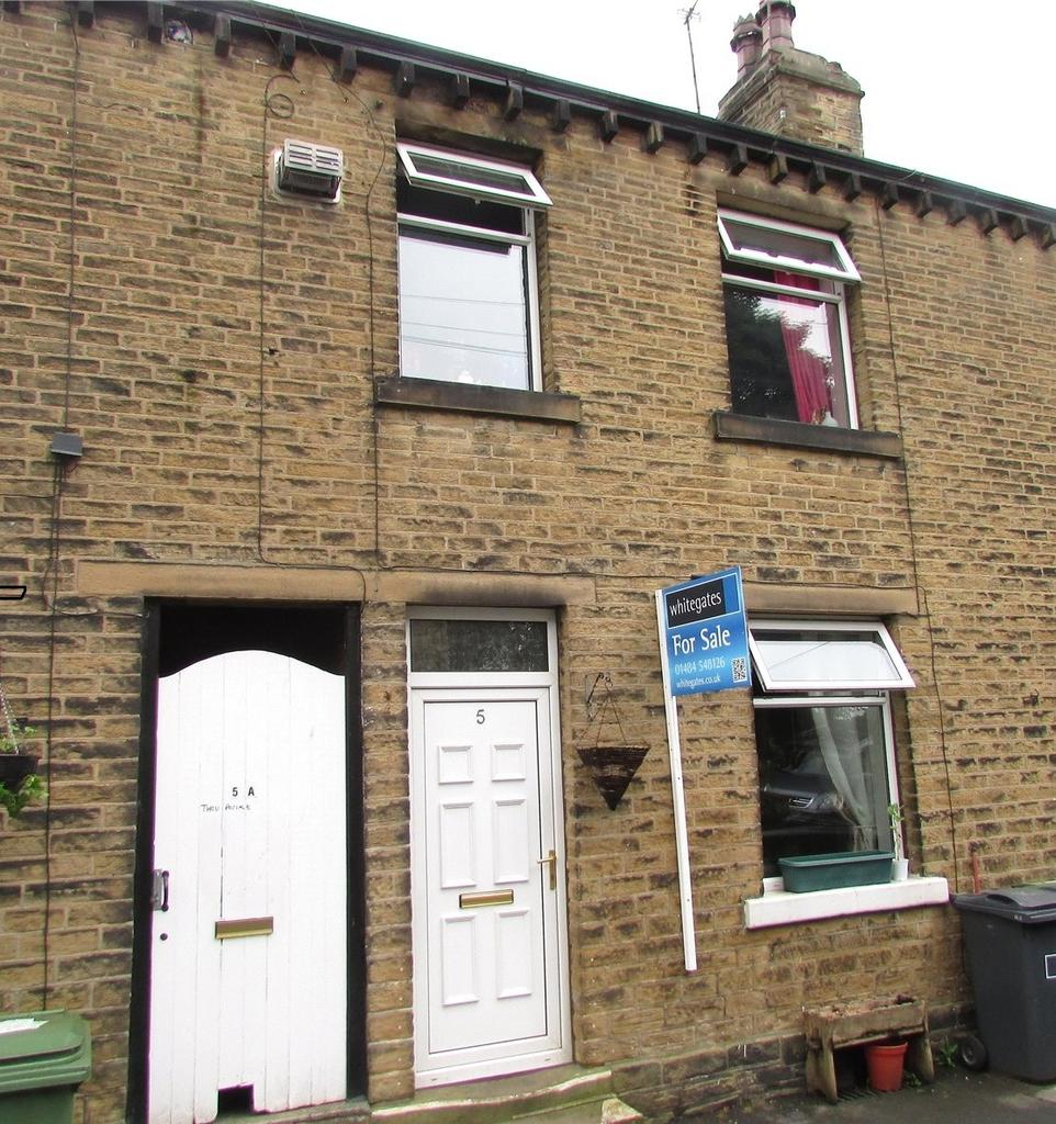 2 Bedrooms Terraced House for sale in Beaumont Street, Netherton, Huddersfield, West Yorkshire, HD4