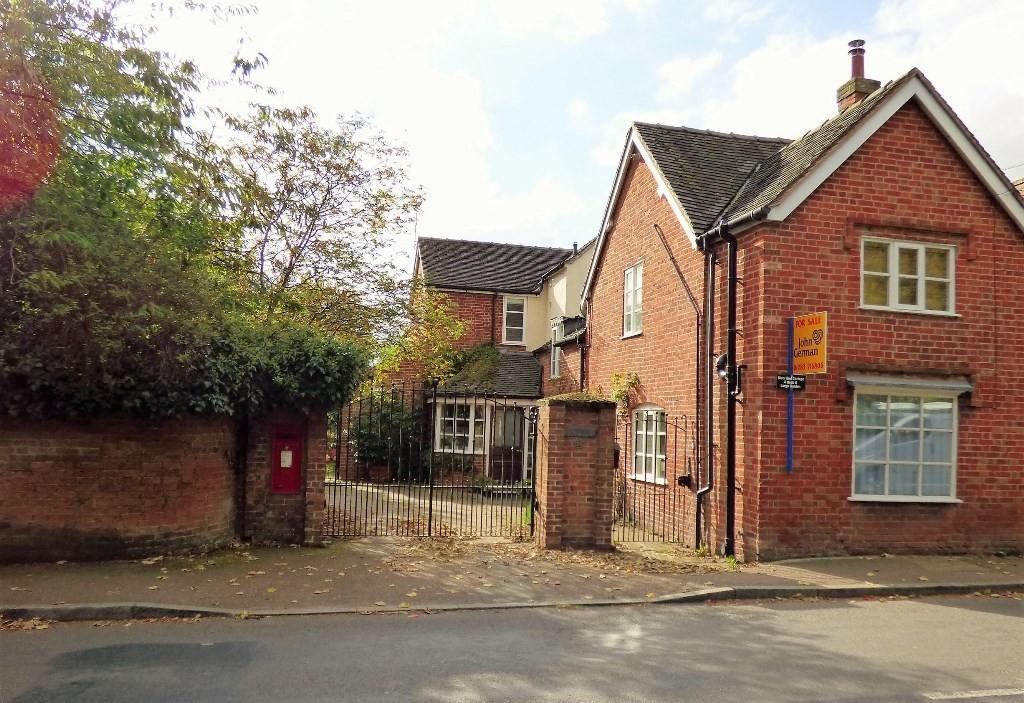 4 Bedrooms Semi Detached House for sale in Station Road, Barton Under Needwood
