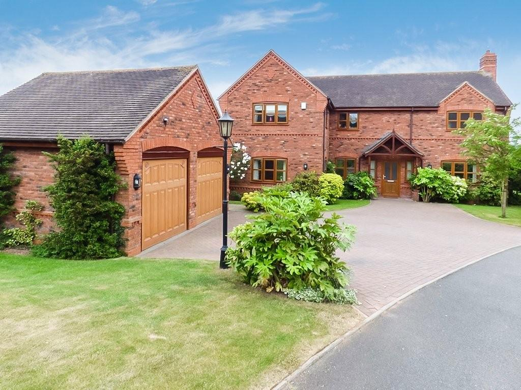 5 Bedrooms Detached House for sale in Mavesyn Close, Hill Ridware, Staffordshire