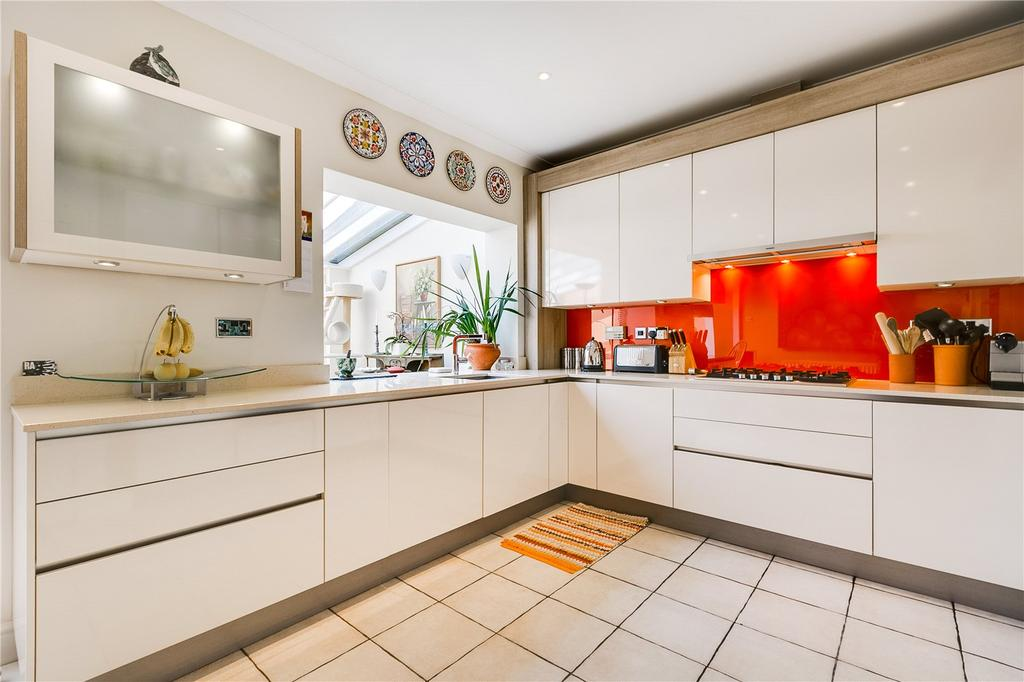 5 Bedrooms Terraced House for rent in Trinity Church Road, Barnes, London