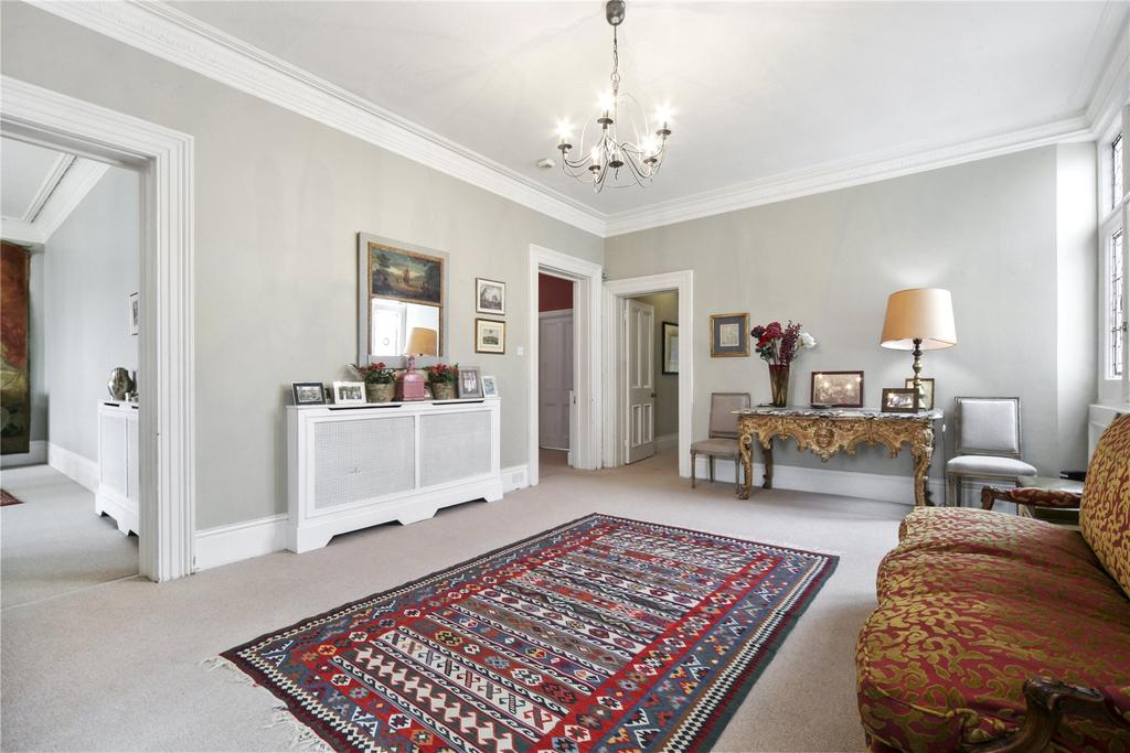 5 Bedrooms Flat for sale in Cromwell Mansions, Cromwell Road, London
