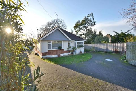 4 bedroom chalet for sale - Harbour Hill Crescent, Oakdale, BH15 3QA