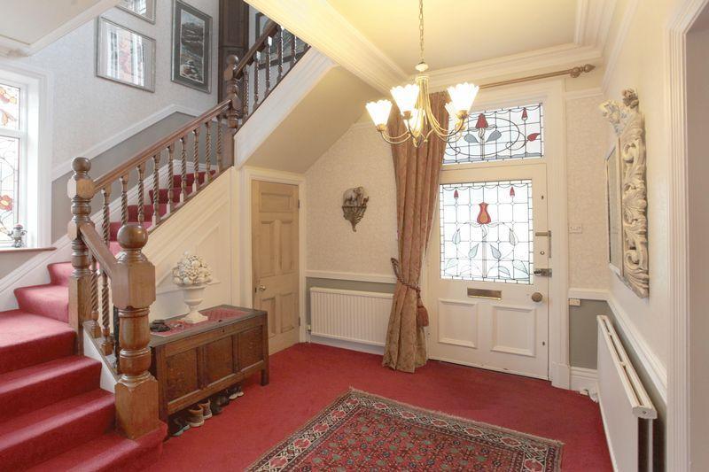 Ollerbarrow Road, Hale 6 bed semi-detached house - £1,250,000