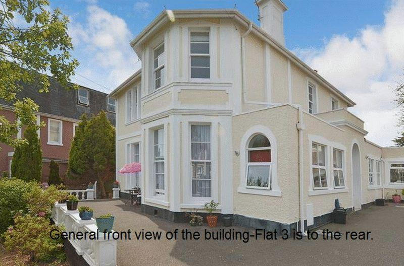 2 Bedrooms Apartment Flat for sale in Palermo Road, Torquay