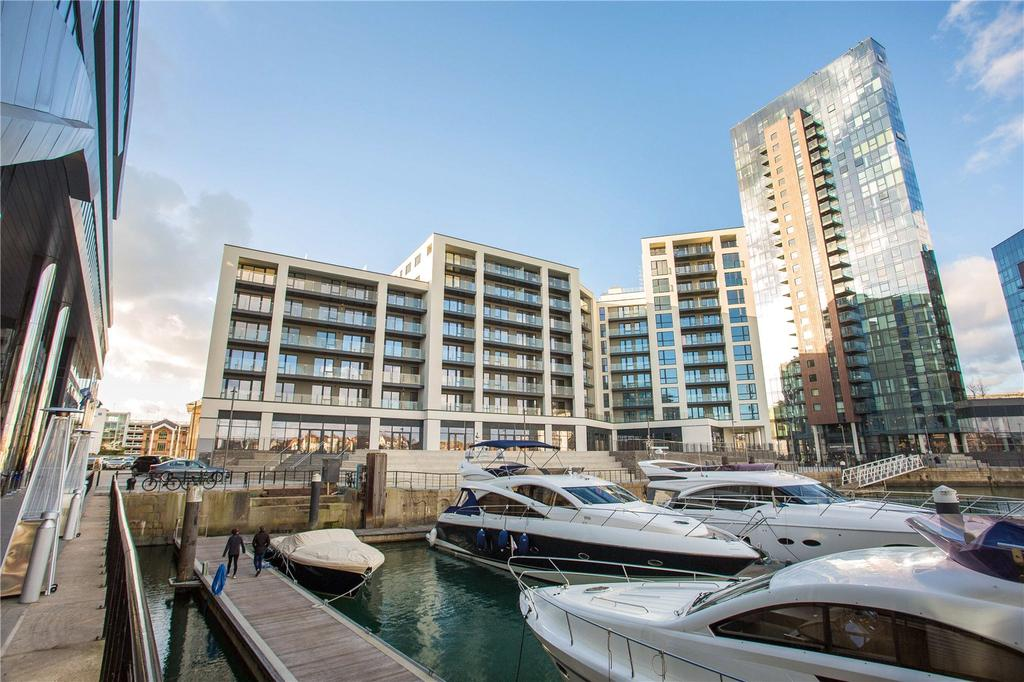 2 Bedrooms Penthouse Flat for sale in Alexandra Wharf, 2 Maritime Walk, Ocean Village, Southampton, SO14