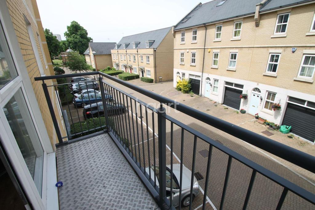 2 Bedrooms Flat for sale in Memorial Heights, Newbury Park