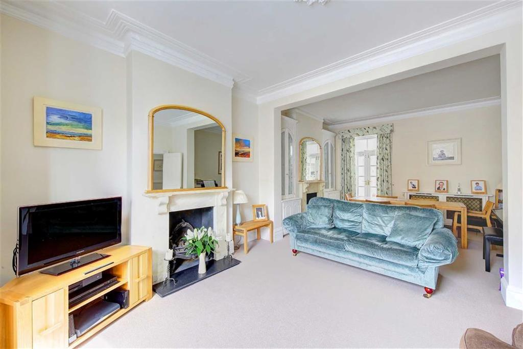 5 Bedrooms Semi Detached House for sale in Belleville Road, Between the Commons