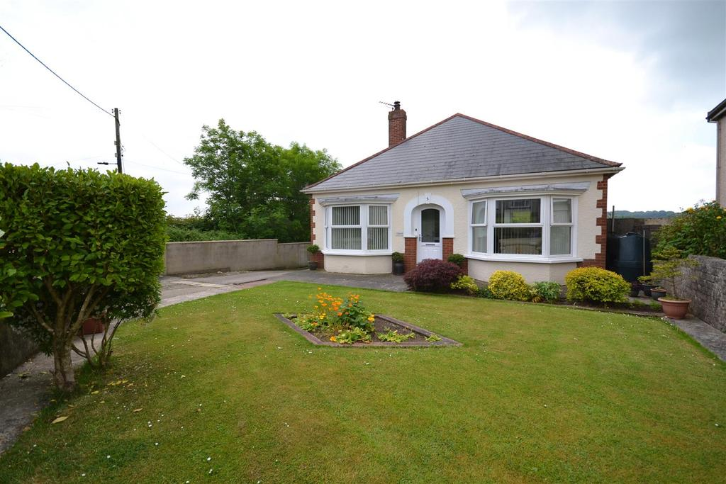 3 Bedrooms Detached Bungalow for sale in Llangwm
