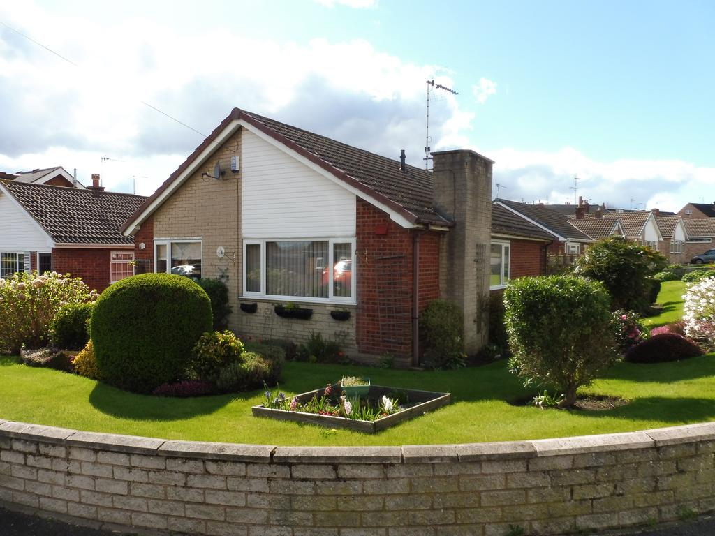 2 Bedrooms Detached Bungalow for sale in Melton Green, West Melton, Wath Upon Dearne, Rotherham S63
