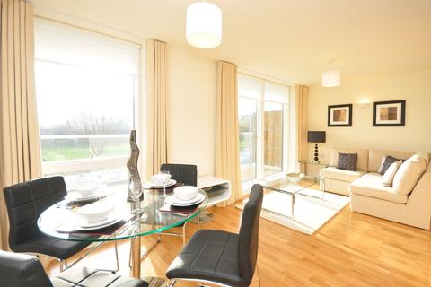 2 bedroom flat to rent - Hallmark Court, Ursula Gould Way, Limehouse Cut, London, E14