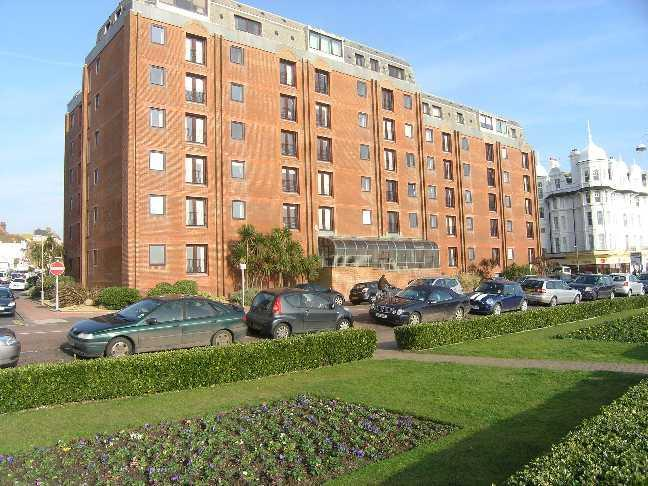 1 Bedroom Flat for sale in Marina, Bexhill-on-Sea
