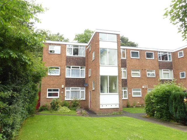 2 Bedrooms Flat for sale in Yems Croft Flats,Rushall,Walsall