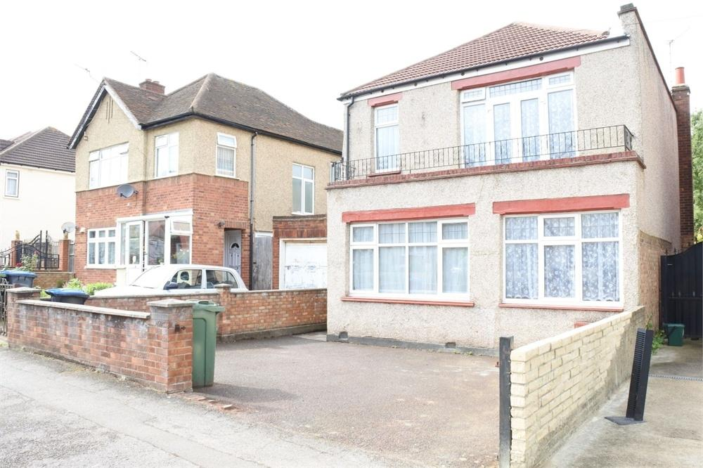 5 Bedrooms Detached House for sale in Bowrons Avenue, Wembley, Greater London
