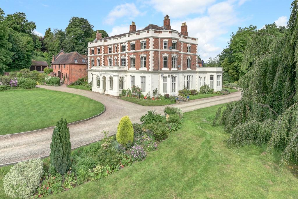3 Bedrooms Apartment Flat for sale in Stableford Hall, Stableford, Bridgnorth, Shropshire