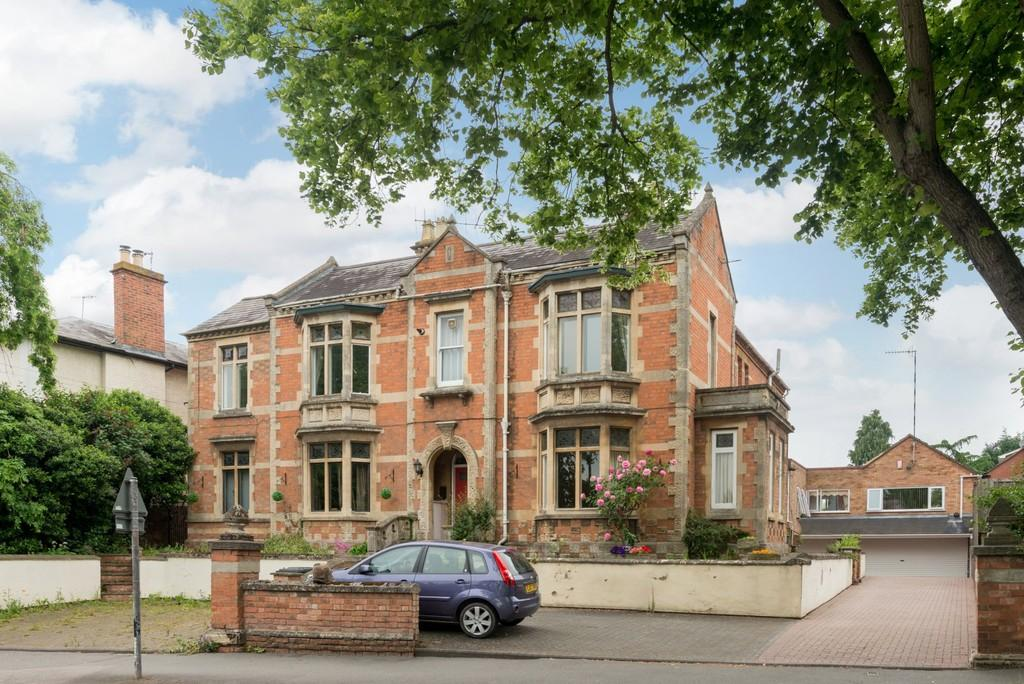 3 Bedrooms Apartment Flat for sale in Welcombe Road, Stratford-Upon-Avon