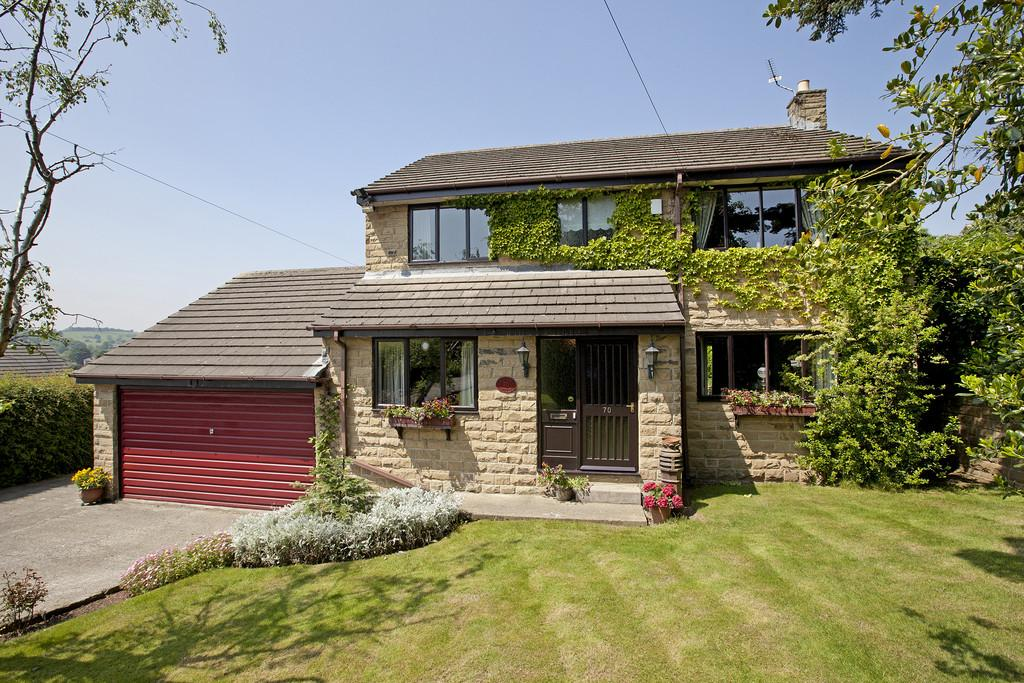 4 Bedrooms Detached House for sale in Oxford Avenue, Guiseley