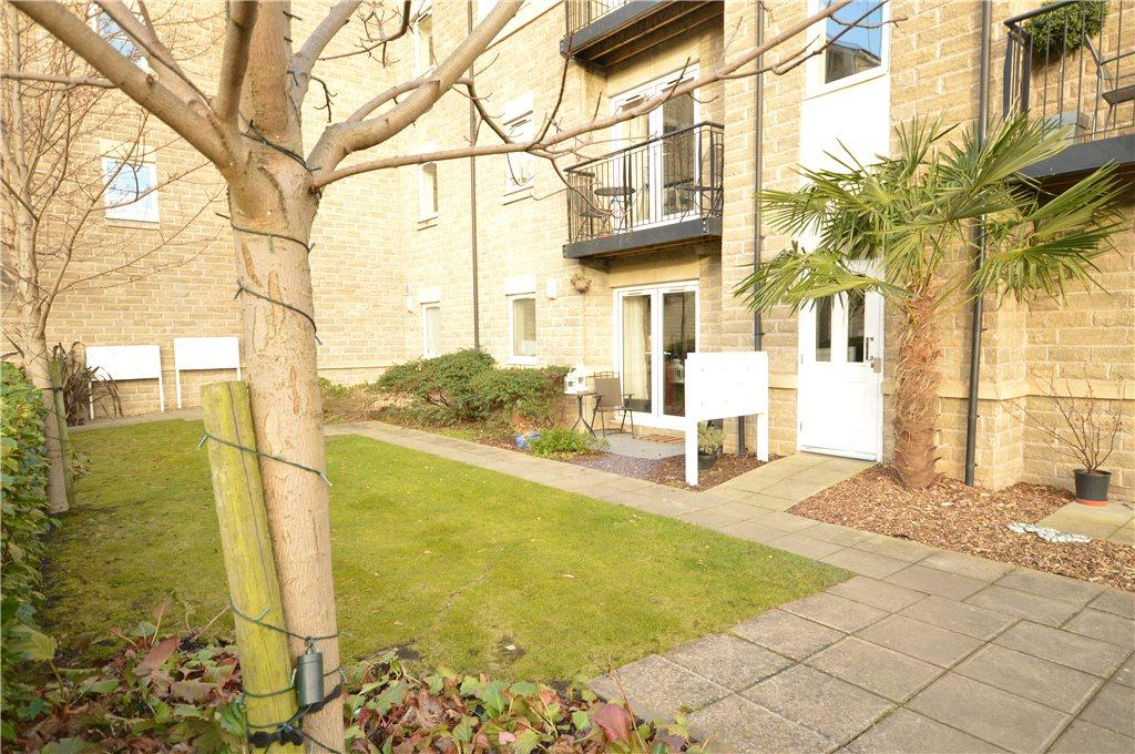2 Bedrooms Apartment Flat for sale in Flat 26, Thackray Court, Cornmill View, Leeds, West Yorkshire