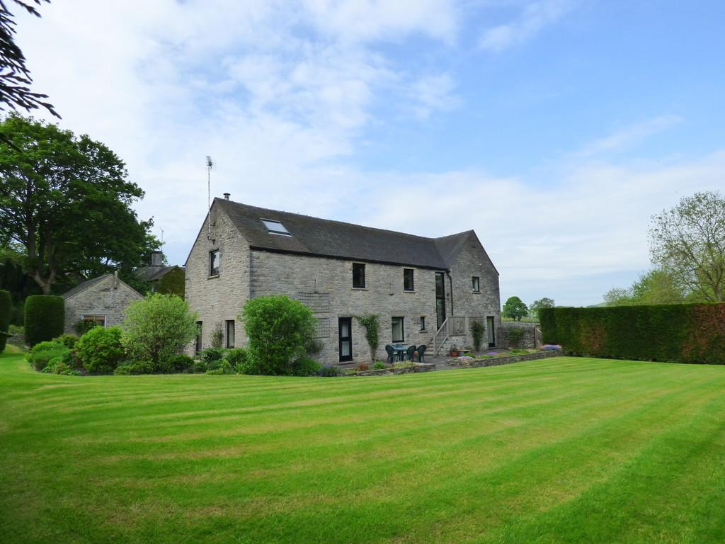 4 Bedrooms Barn Conversion Character Property for sale in Wetton, Ashbourne
