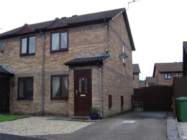 2 Bedrooms Semi Detached House for rent in Grafton Drive, CROSS INN, CF72 8BH