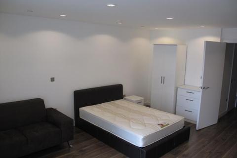 Studio to rent - NumberOne, MediaCityUK, Salford Quays, M50