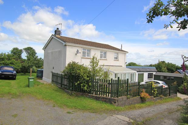 4 Bedrooms Detached House for sale in Saron, Llandysul, Carmarthenshire