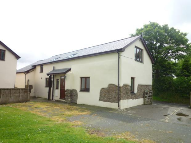 4 Bedrooms Cottage House