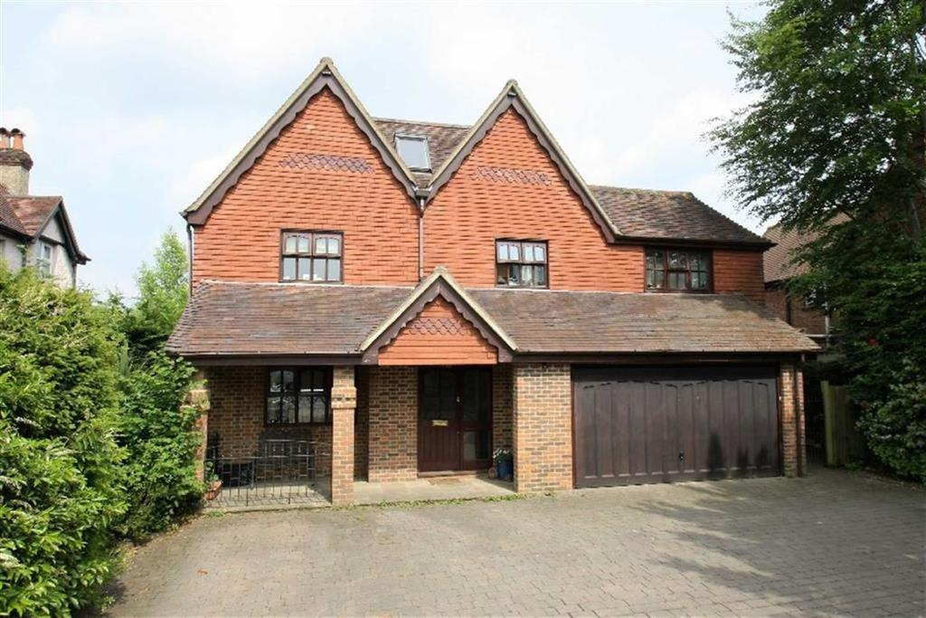 6 Bedrooms Detached House for sale in Headley Road, Liphook, Hampshire, GU30
