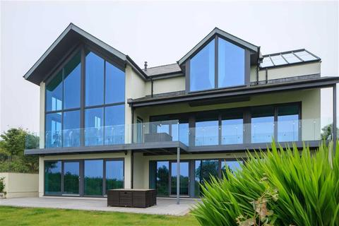 5 bedroom detached house for sale - Parrog, Newport