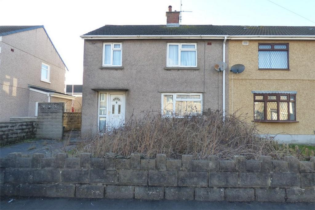 3 Bedrooms Semi Detached House for sale in 21 Bryn Rhos, Llanelli, Carmarthenshire