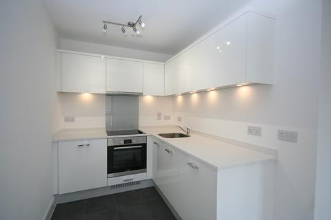 Studio to rent - Sheet Street, Windsor, SL4