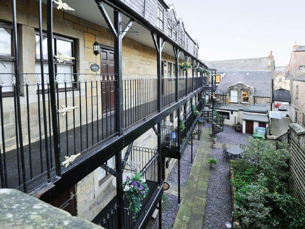 9 Bedrooms Maisonette Flat for sale in The Corn Exchange, Alnwick