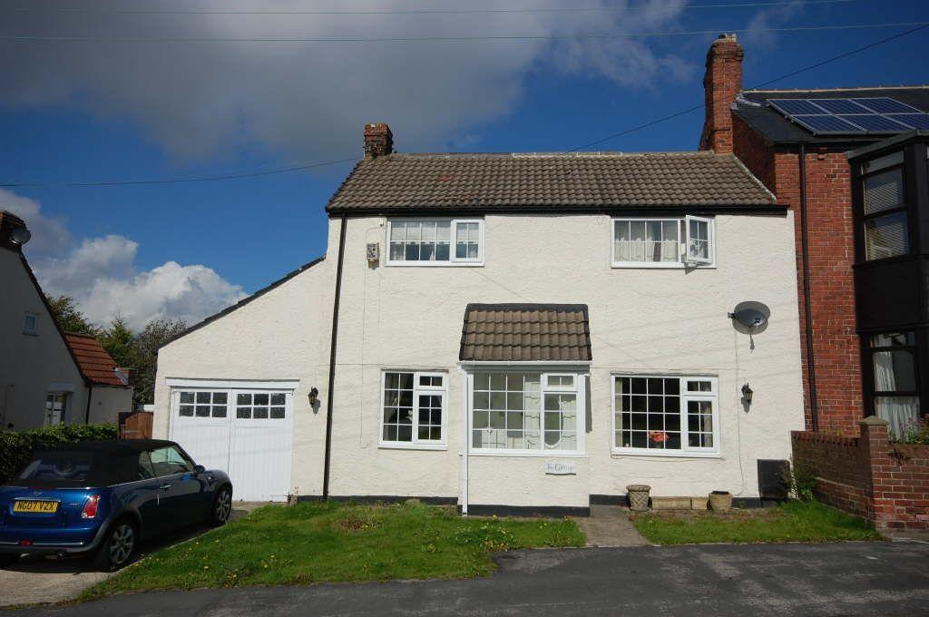 4 Bedrooms Semi Detached House for sale in Benridge Bank, West Rainton, Durham, Tyne And Wear