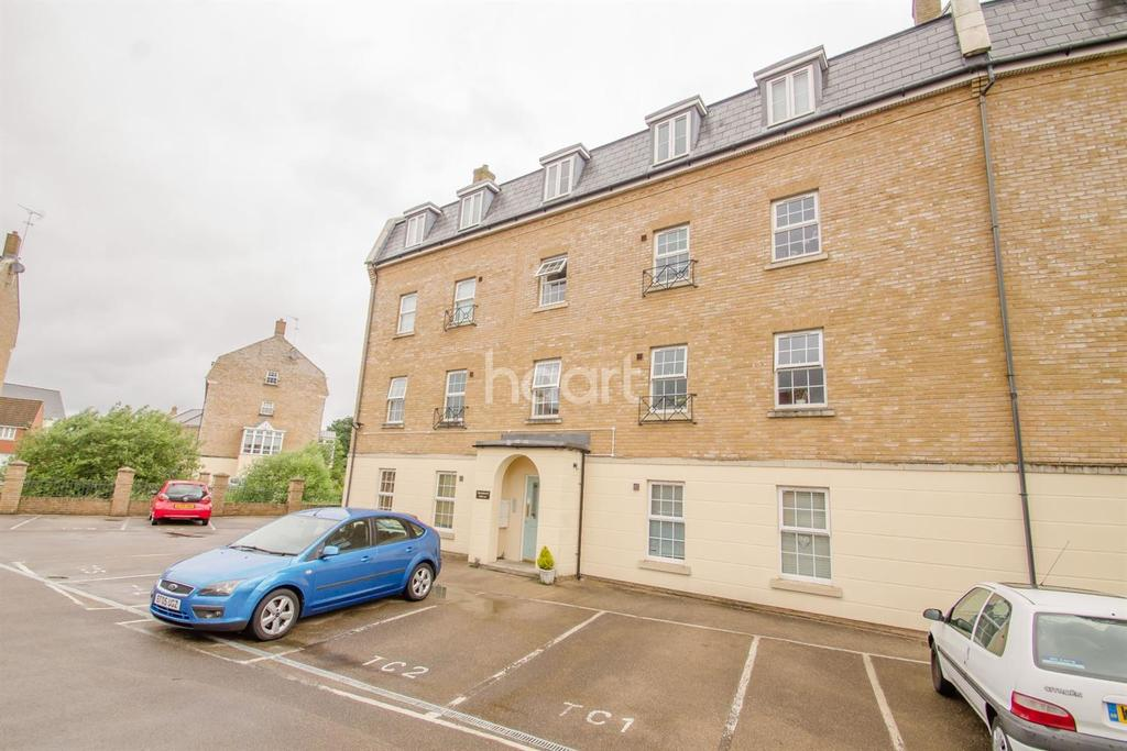 2 Bedrooms Flat for sale in The Chestnuts, Prospero Way, Swindon
