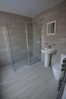 4 bedroom house share to rent - Eglesfield Road, South Shields, South Tyneside, NE33
