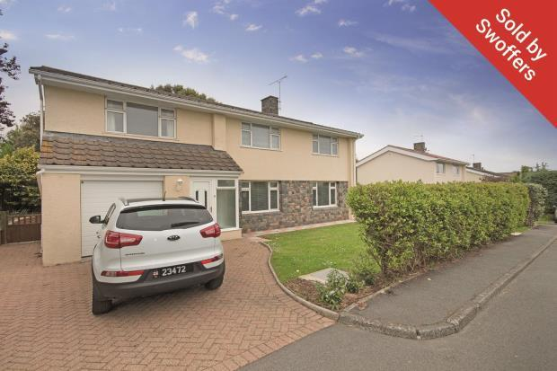 4 Bedrooms Detached House for sale in Icart Road, St Martin's
