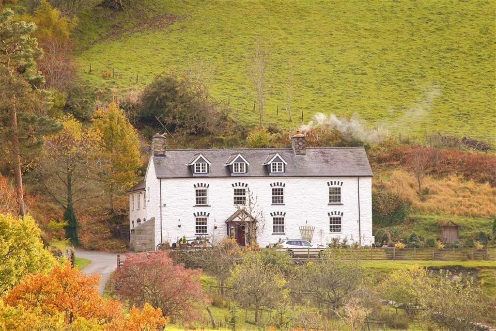7 Bedrooms Country House Character Property for sale in Llangynog, Oswestry, SY10