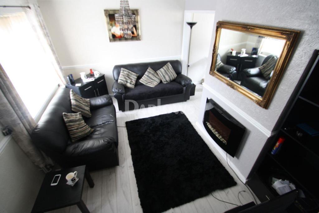 3 Bedrooms End Of Terrace House for sale in Llewellyn Street, Penygraig