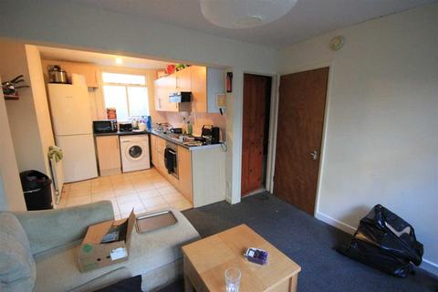 4 bedroom property to rent - St Pauls, Brighton