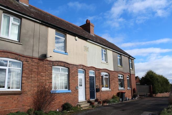 2 Bedrooms Terraced House for sale in 3 Wrekin Terrace, Newport, Shropshire, TF10 9EF