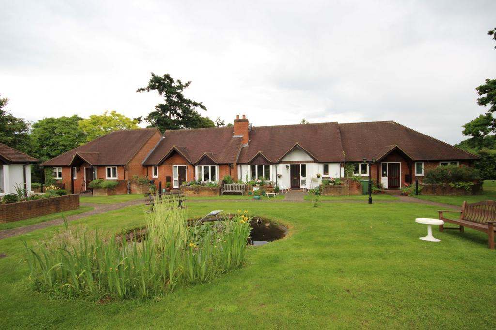 2 Bedrooms Bungalow for sale in Henley-on-Thames