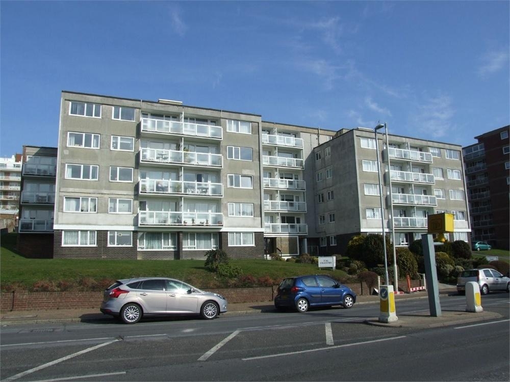 2 Bedrooms Flat for sale in Upperton Road, Eastbourne, East Sussex