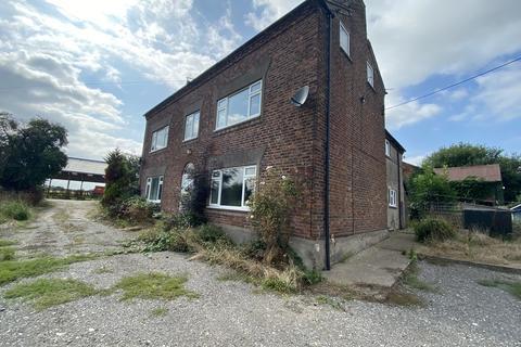 3 bedroom farm house to rent - Cross Lane, Minshull Vernon