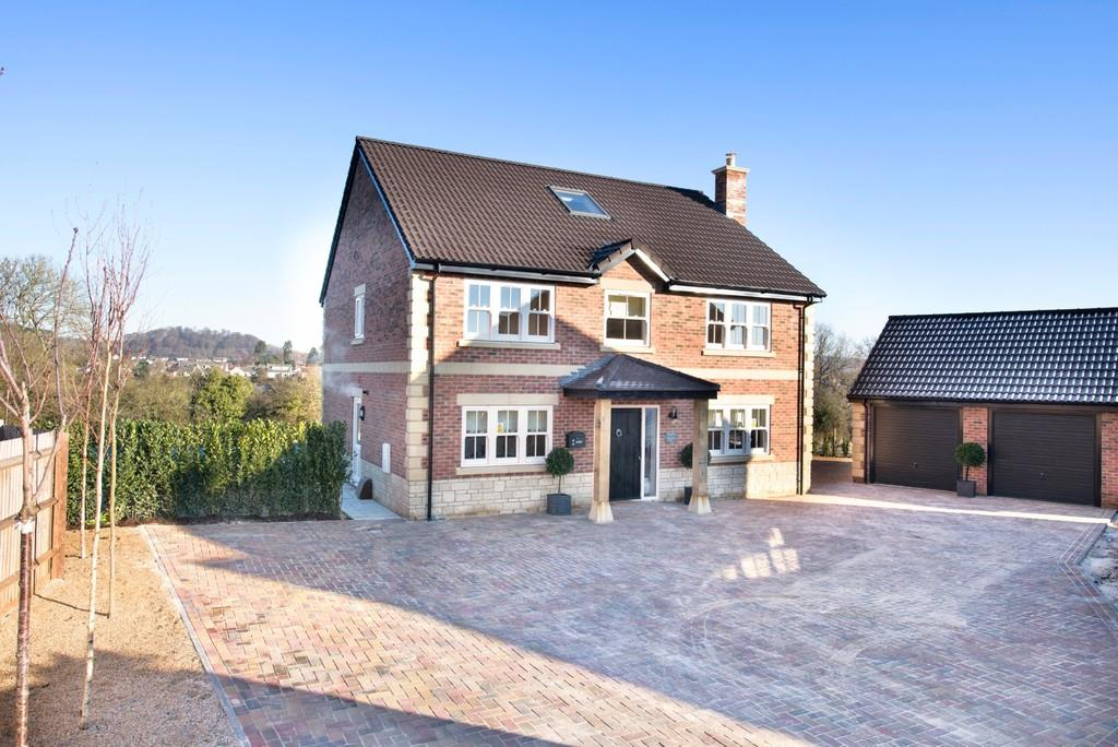 5 Bedrooms Detached House for sale in Maple House, Henford Marsh View, Warminster