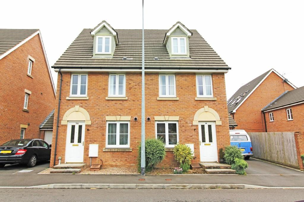 3 Bedrooms Semi Detached House for sale in De Clare Drive, Radyr