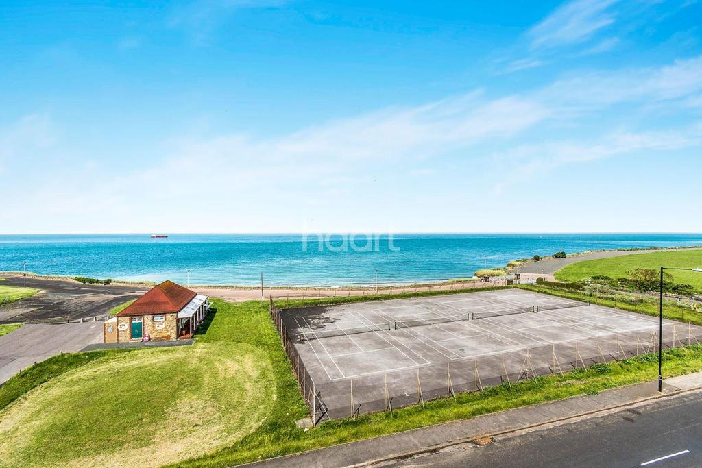 3 Bedrooms Flat for sale in Bay View, 14 Palm Bay Avenue,CT9
