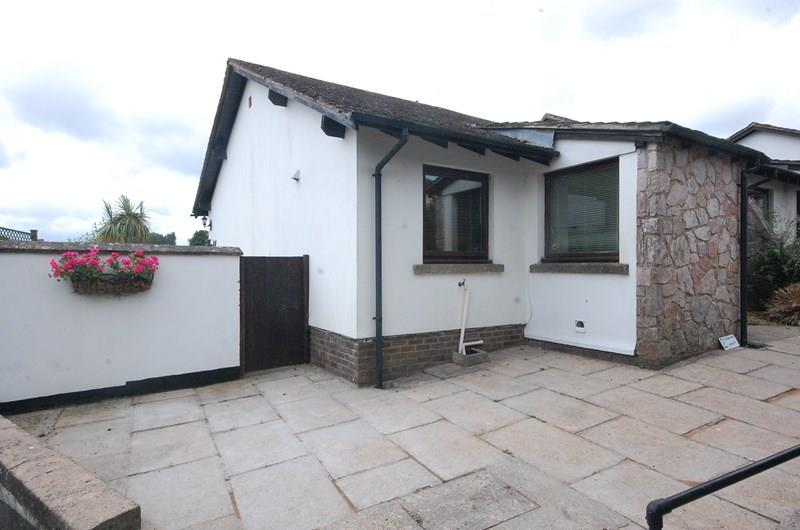 2 Bedrooms Bungalow for sale in Oakland Walk, Dawlish