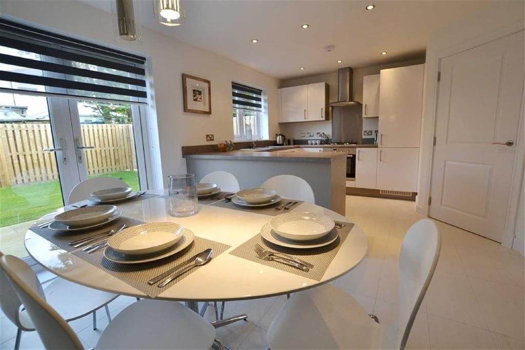 2 Bedrooms Mews House for sale in The Hallows, Burnley, Lancashire